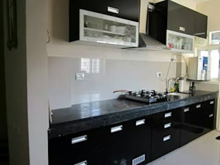 modular kitchen design Modern kitchen by aashita modular kitchen Modern