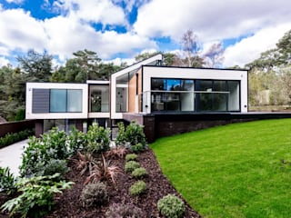 Casas de estilo  por David James Architects & Partners Ltd,