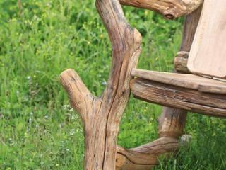 Fauteuil vieux châtaignier par O Création Bois Éclectique
