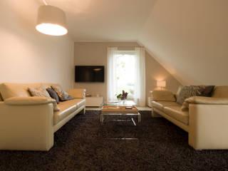 Modern Living Room by Höltkemeier InnenArchitektur Modern