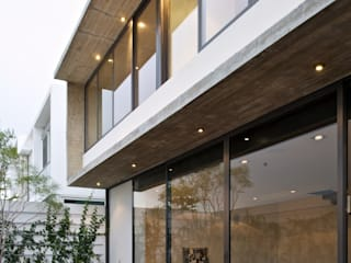 Casa X: Casas de estilo  por Agraz Arquitectos S.C.