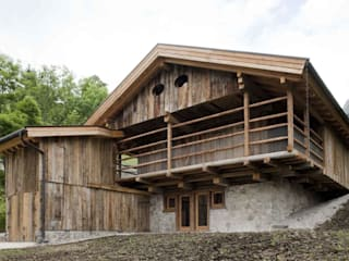 EXiT architetti associati Rustic style houses Wood