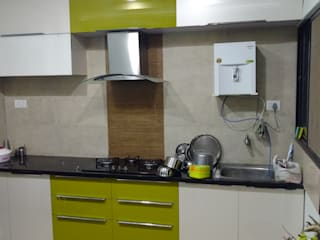 Acralic modular kitchen in Baroda Modern kitchen by aashita modular kitchen Modern