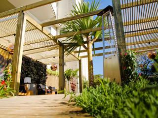 Garden by Felipe Mascarenhas Paisagismo