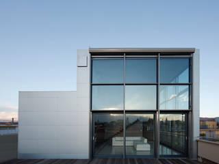 LOFT CUBE Case moderne di Studio Fabio Fantolino Moderno
