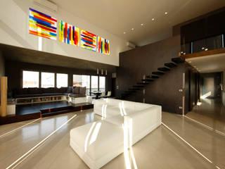 LOFT CUBE Soggiorno moderno di Studio Fabio Fantolino Moderno