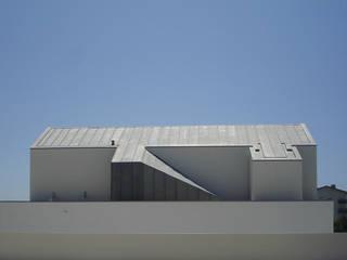 br_house Casas modernas por rui ventura | [v2a+e] Moderno