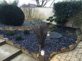 Modern garden by DCPAYSAGE Modern