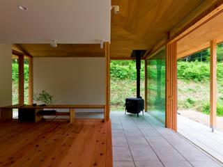エイチ・アンド一級建築士事務所 H& Architects & Associates Scandinavian style living room Wood Wood effect