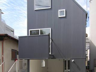 巣箱の家: 星設計室が手掛けた家です。