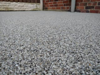 Resin Bound Path's & Patio's Permeable Paving Solutions UK Modern Garden Granite Grey