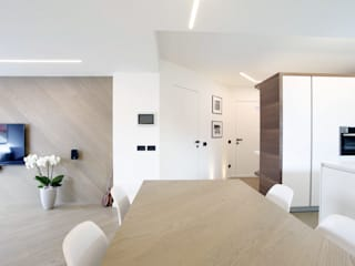 Moderne Wohnzimmer von Lemayr Thomas Modern