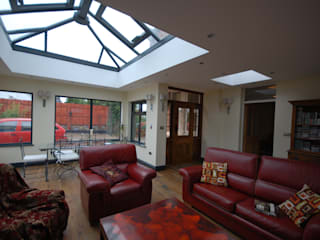 Sun Room:  Conservatory by Persepolis Architecture Ltd