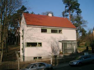 Nierdigenergiehaus in DD-Hellerau Moderne Häuser von Rentzsch Architekten Modern