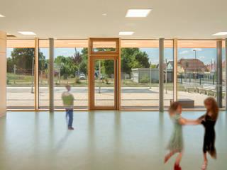 KITA Delitzsch Moderner Multimedia-Raum von Rentzsch Architekten Modern