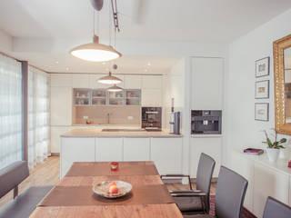 Penthouse-1: moderne Küche von Pretzsch Küchen GmbH & Co.KG