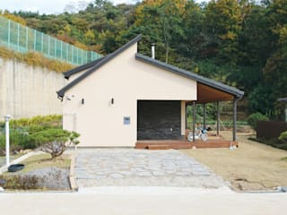 광주 동림동 마디주택: 꿈꾸는목수의  주택
