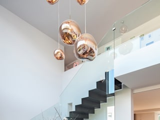 Modern Koridor, Hol & Merdivenler BESPOKE GmbH // Interior Design & Production Modern