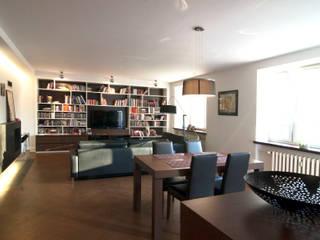 Mieszkanie Żoliborz: styl , w kategorii Jadalnia zaprojektowany przez EYMONTT PRACOWNIA AUTORSKA