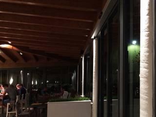 Corridor & hallway by Lighting and..., Modern