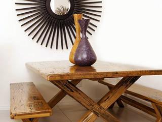 moderne Esszimmer von Phases Africa Furniture & Decor PTY (Ltd)