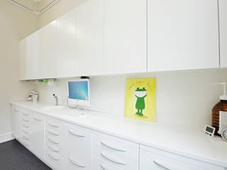 Modern clinics by Helm Design by Helm Einrichtung GmbH Modern