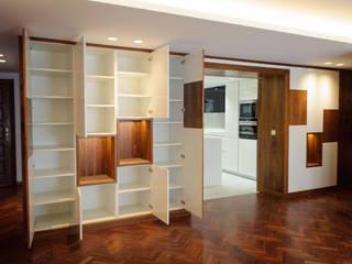 REFORMA DE PISO EN A CORUÑA 02 Salones de estilo moderno de CONTROL REFORMA Moderno