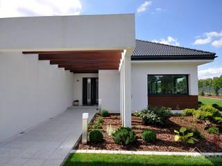 Case moderne di HomeKONCEPT | Projekty Domów Nowoczesnych Moderno