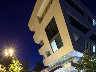 Anwaltskanzlei im Hafen:  Bürogebäude von Jutta Hillen Innenarchitektur