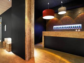 Berater _ Agenturräume im Hafen Moderne Bürogebäude von Jutta Hillen Innenarchitektur Modern