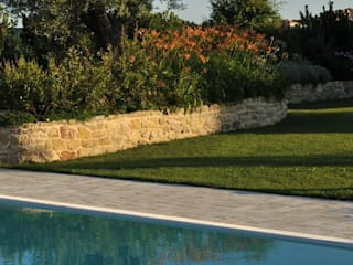 PISCINE Giardini Giordani Piscina in stile mediterraneo