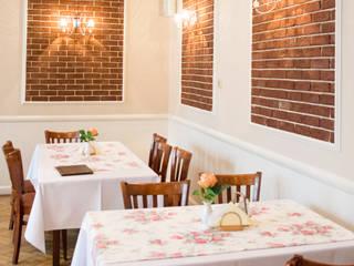 Restauracja Rogowa Wilamowice: styl , w kategorii Gastronomia zaprojektowany przez Studio Mirago