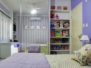 Chambre d'enfant moderne par Eveline Maciel - Arquitetura e Interiores Moderne