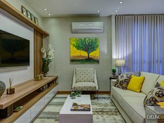 Salon moderne par Eveline Maciel - Arquitetura e Interiores Moderne
