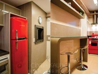 Apartamento J+Z:   por Cintia Sauner Arquitetura e interiores,Clássico