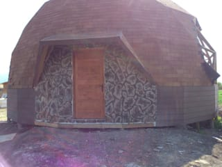 Domo geodésico: fachada: Casas de estilo  por Angélica Guzmán