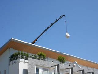 Febo Garden landscape designers Balcones y terrazas mediterráneos Aluminio/Cinc Blanco