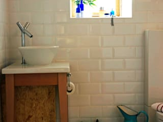 Barn Conversion Eclectic style bathroom by O2i Design Consultants Eclectic