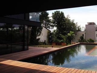 Balcones y terrazas de estilo minimalista de Architekt Zoran Bodrozic Minimalista