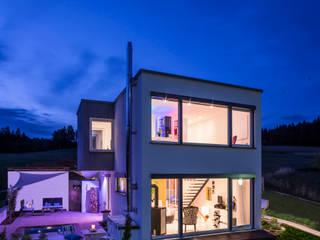 KitzlingerHaus GmbH & Co. KG Casas de estilo moderno