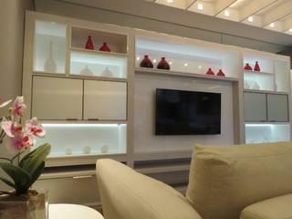 Apartamento Decorado:   por Marques Ambientes Planejados