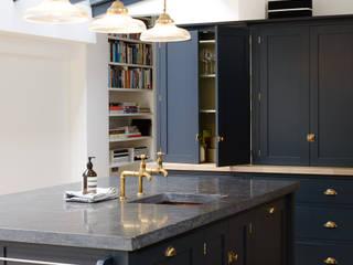 The Victoria Road NW6 Kitchen by deVOL deVOL Kitchens Classic style kitchen Wood Blue