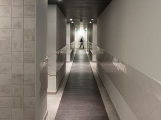 Kaboom Hotel Maastricht:  Hotels door INTER/ALTER interior architects
