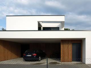 Modern houses by Viktor Filimonow Architekt in München Modern