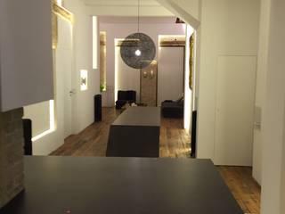 TPB tech at luxury flat in the center of Valencia, Spain Cocinas de estilo moderno de TPB tech Moderno