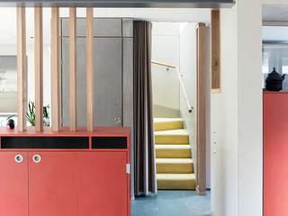 Hamberg House, Richmond, London Modern corridor, hallway & stairs by London Atelier Ltd Modern