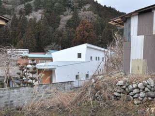 坪井建築設計事務所 Modern houses