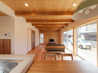 ห้องนั่งเล่น โดย 三宅和彦/ミヤケ設計事務所, โมเดิร์น