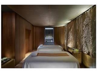 Modern Walls and Floors by Tessitura Tele Metalliche Rossi Modern