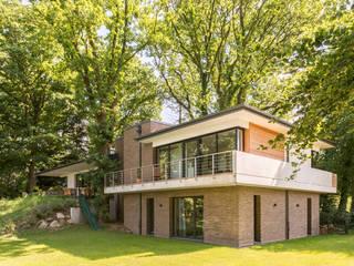 Nowoczesne domy od Hellmers P2 | Architektur & Projekte Nowoczesny